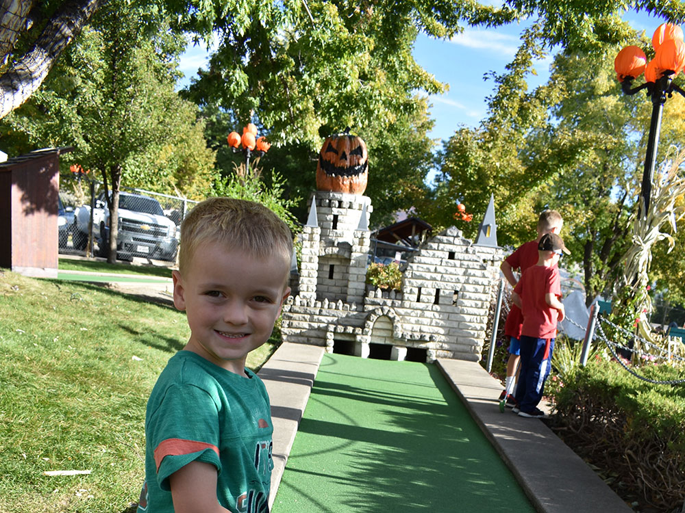 Scary Hill Miniature Golf Player at Cherry Hill Water Park, Family Fun Center & Camping Resort