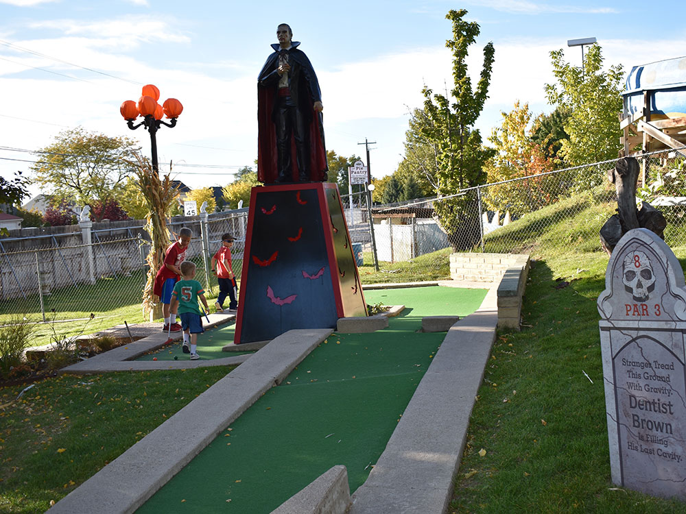 Scary Hill Mini Golf at Cherry Hill Water Park, Family Fun Center & Camping Resort